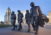 Beatles Statue - click to zoom